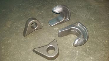 Lasche Bolzen-Lasche für Bolzen Durchmesser 32 mm eckig